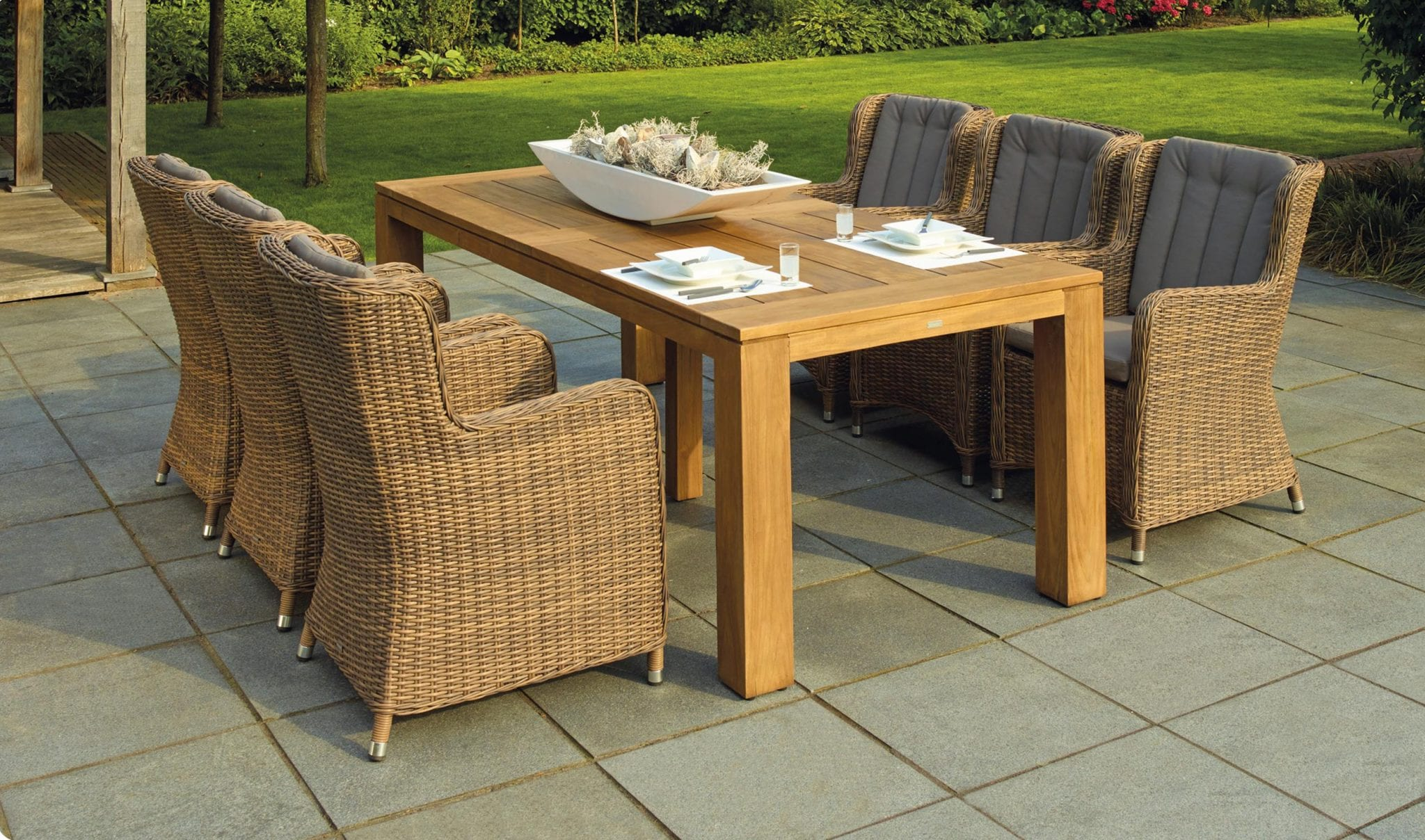 Patio chairs and table Hammond Lumber